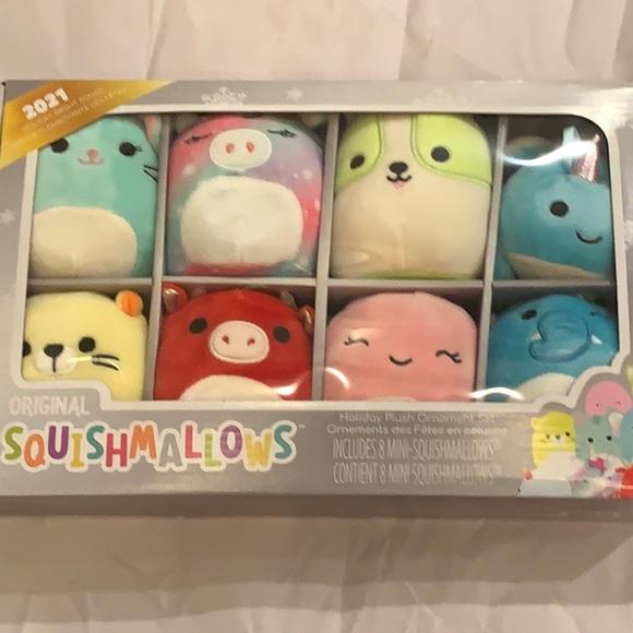 Squishmallows  holiday plush ornaments set set 8